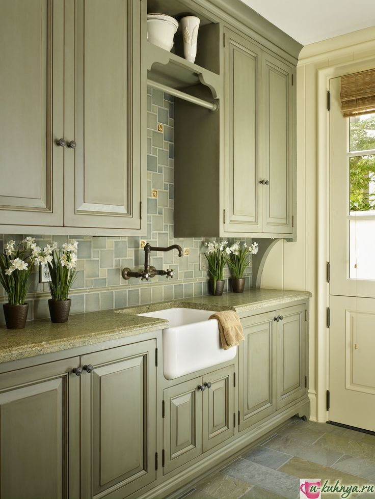 зеленая кухня в интерьере фото