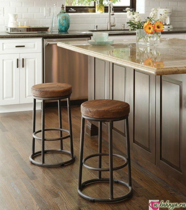 барный стул в интерьере кухни