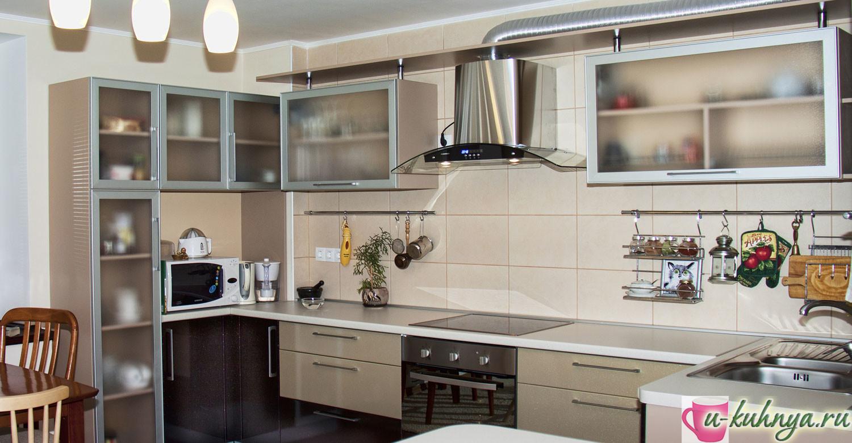 монтаж рейлинга на кухне